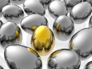 Gouden_ei_tussen_zilveren_eieren