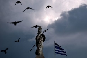 LooptGriekenlandlangshetrandjevandeafgrond?
